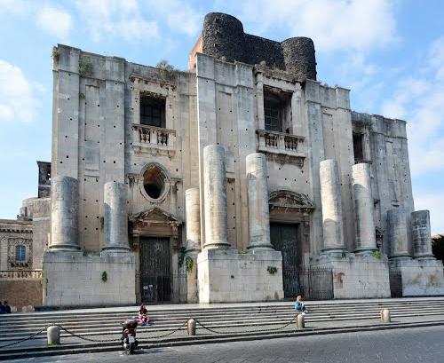 Chiesa San Nicolò l'Arena Catania